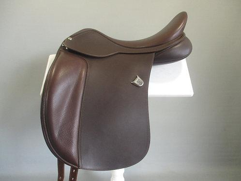 """Bates Wide Dressage Saddle 18"""""""