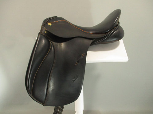"Zaldi New Kent Dressage Saddle 17.5"" M"