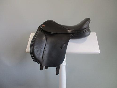 """Kent & Masters Pony Saddle 15"""""""