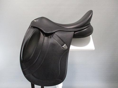 "Bates Innova Mono+ Luxe Dressage Saddle 18"""