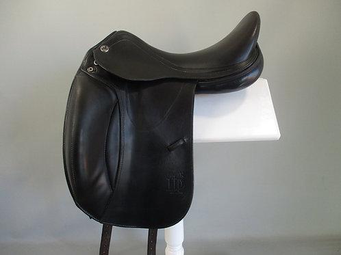 """Prestige D1K  Dressage Saddle 17"""" W-XW"""