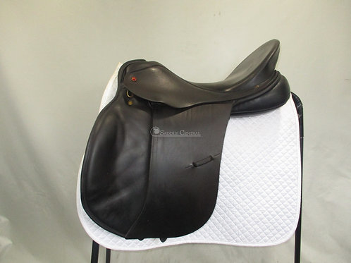 "Albion 17.5"" GP/Jump Saddle"