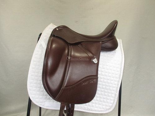 "Bates Isabell Werth Dressage Saddle 17"""