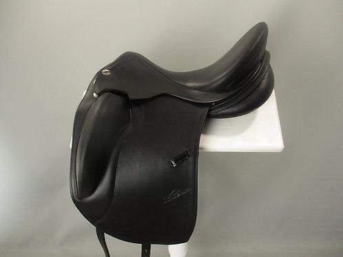 """Erreplus Vittoria Dressage Saddle 17"""" XW-XXW"""