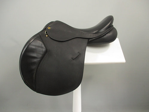 "Black Country Ricochet Jump Saddle 16.5"" XW"