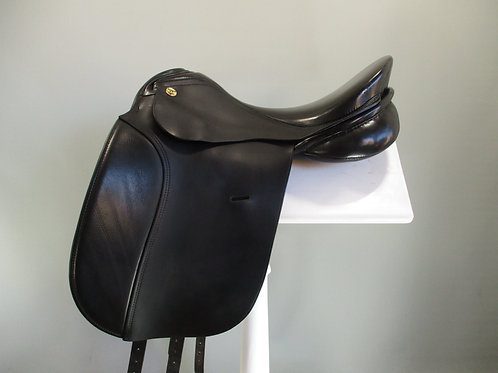 "KN Symphonie Dressage Saddle  17"" MW-W"