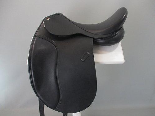 """Collegiate Lectern Dressage Saddle 17.5"""""""