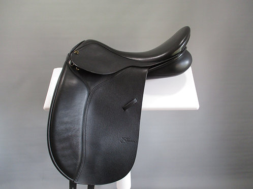 Trainers Continental Dressage Saddle 17""