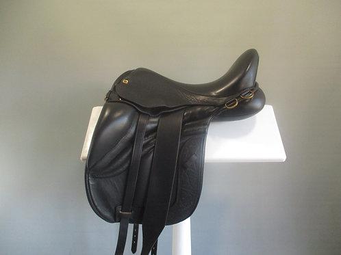 "Black Country Equinox Saddle 16"" W/XW"