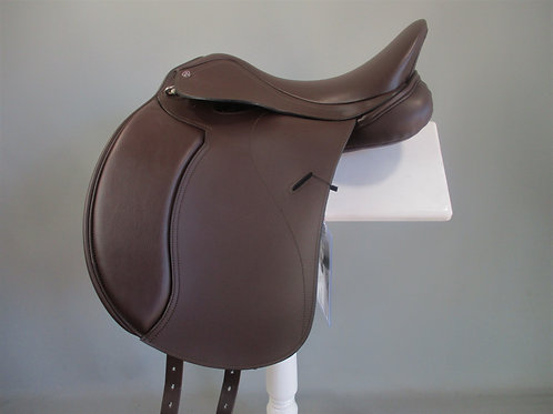 """Cavaletti Synthetic Dressage Saddle 15""""-18"""" Black or Brown"""