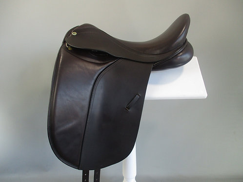 "Barnsby Evolution Dressage Saddle BROWN 17.5"" XW"