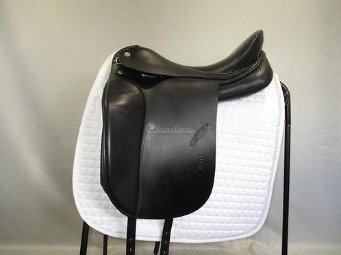 "Otto Schumacher Dynamic size 2  17""/17.5"" Dressage Saddle"