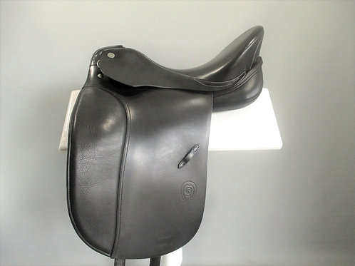 "Otto Schumacher Dynamic SF Dressage Saddle size 1/16.5"" XW"