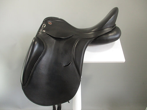 "Kieffer Parbery Dressage Saddle 17.5"" M"