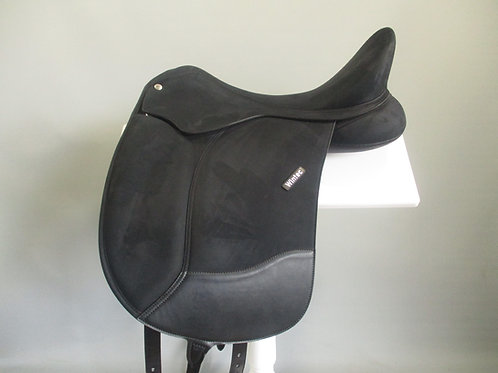 Wintec Pro Dressage Saddle 18""