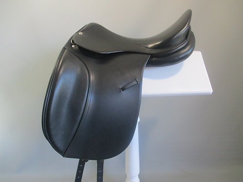 "Roosli Pilatus Dressage Saddle 17"" MW"