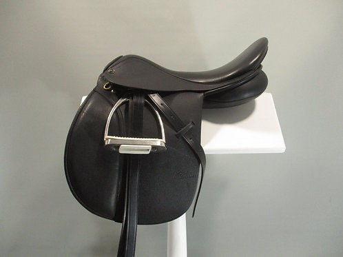 Trainers Masters All Purpose Saddle 17.5""