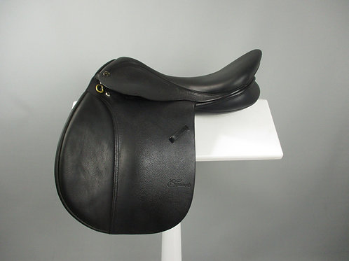 """Trainers Masters All Purpose Saddle 16.5"""""""