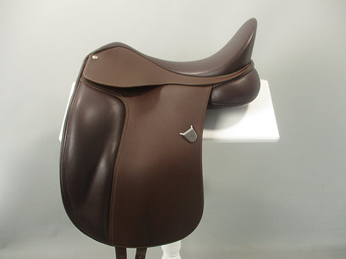 Bates Dressage Saddle 17""