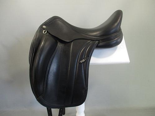 Equipe Viktoria dressage saddle
