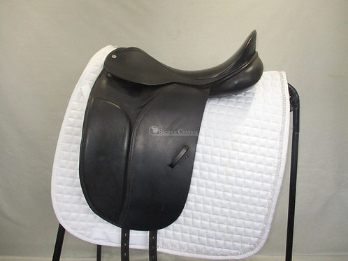 """County Competitor 16.5"""" Dressage Saddle"""