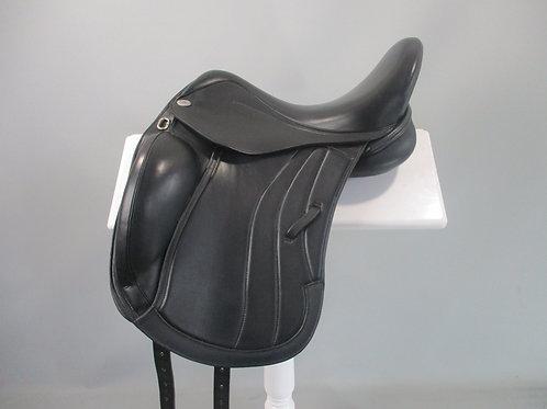 harry dabbs mariella dressage saddle