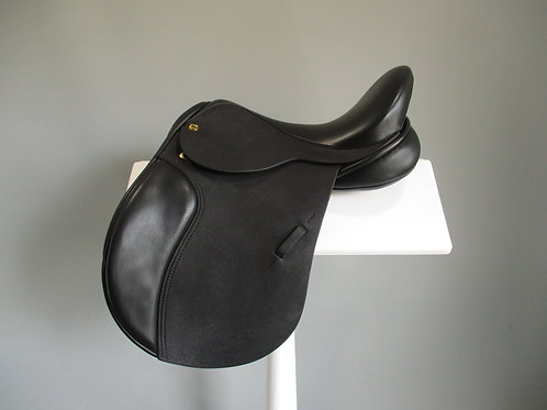 "Black Country GP Event Saddle 16"" W"