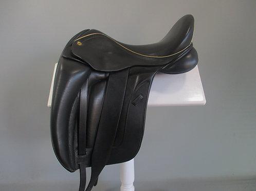 "Black Country Vinici Dressage Saddle 17.5"" MW"