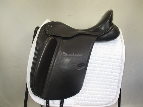 Defiance Pro Dressage Saddle 17.5""
