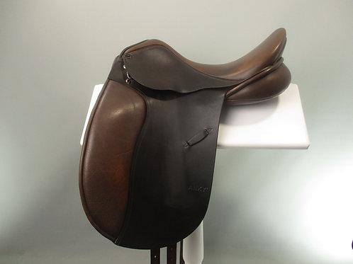 "Anky Salinero Dressage Saddle 16.5"""