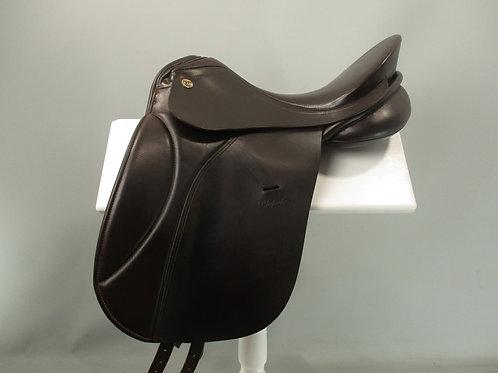 "KN Rhapsodie Dressage Saddle 17"" M"