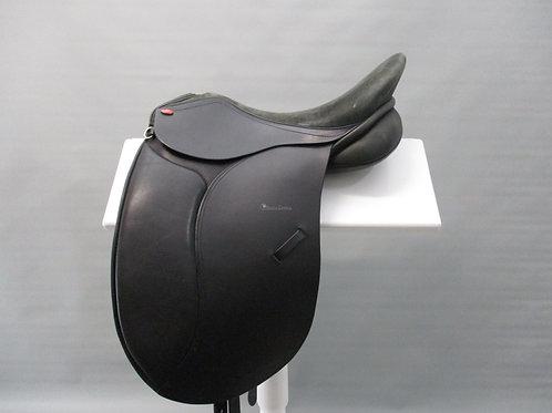 "Duett Largo Dressage / Show Saddle 17"" XW"