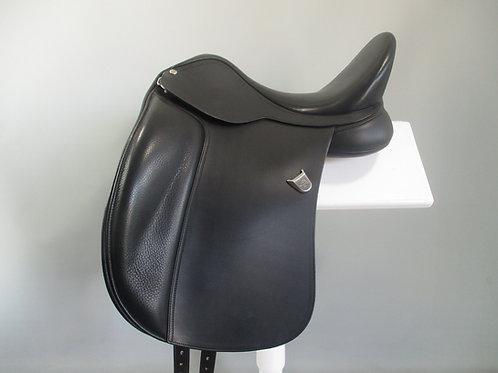 """Bates Wide Dressage Saddle 16.5"""""""