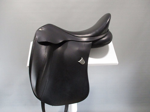"Bates Innova Extended Bloc Dressage Saddle size 1 / 17"""
