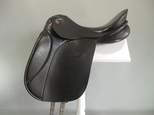 """KN Rhapsodie Dressage Saddle 17.5"""" W"""