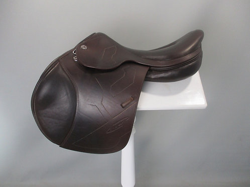 "Prestige X-Breath Lux Jump Saddle 18"""