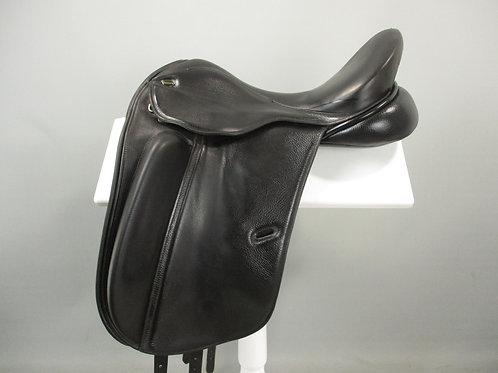 "Defiance Pro Dressage Saddle 17"" W"