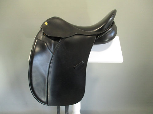 "Ambassador Dressage / Show Saddle 17.5"" M"