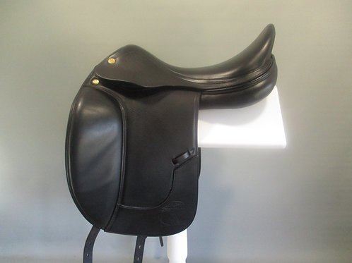 "Prestige Leonardo Dressage Saddle 18""/17.5"" NM/M"