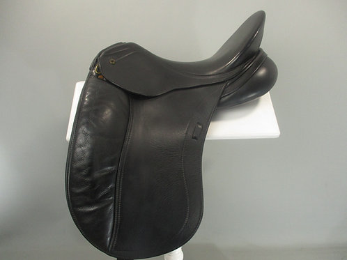 "Peter Horobin Liberty Dressage Saddle 17.5"" MW"