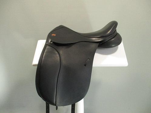 """Kent and Masters Pony Dressage Saddle 16"""""""