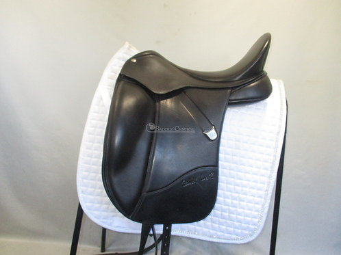 Bates Isabell Werth Dressage Saddle 17""