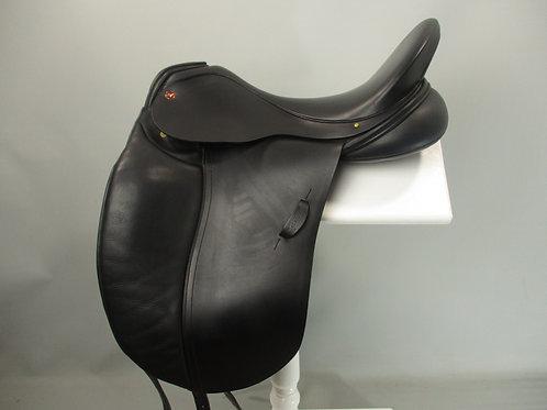 Albion SLK dressage saddle