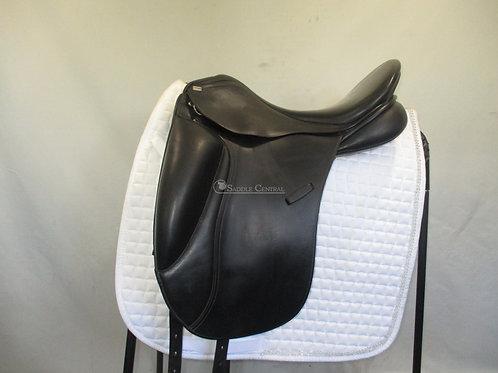 "Pessoa Aldea 17"" Dressage Saddle"