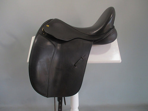 """Black Country Eloquence Dressage Saddle 17"""" XXW Brown"""