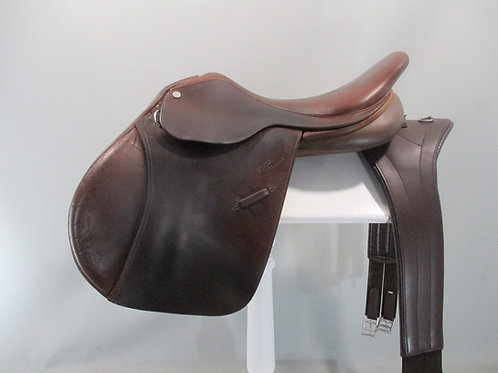 trainers jump saddle