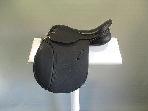 """Ideal Barclay Pony Club Saddle 15"""" W/XW"""