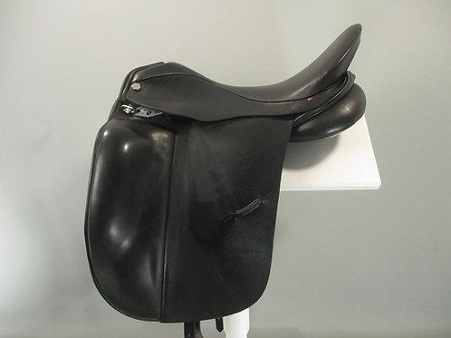 "Albion Platinum Ultima Dressage Saddle 17.5""/ 18"" MW"