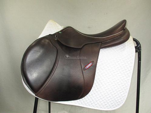 """Sterling Jump Saddle 17"""""""