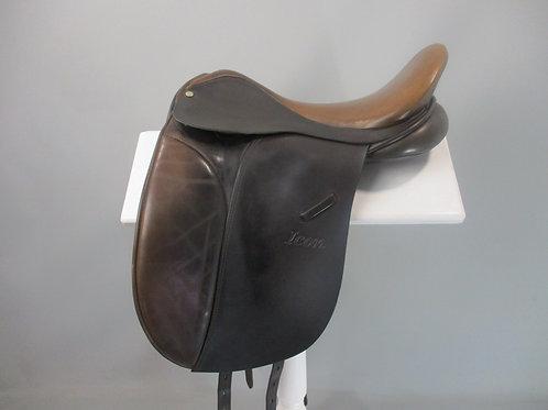 """Icon Dressage / Show Saddle 17.5"""" XXW"""